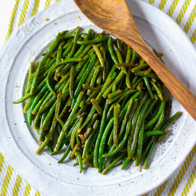 Green Valley Sauteed Garlic and Green Beans